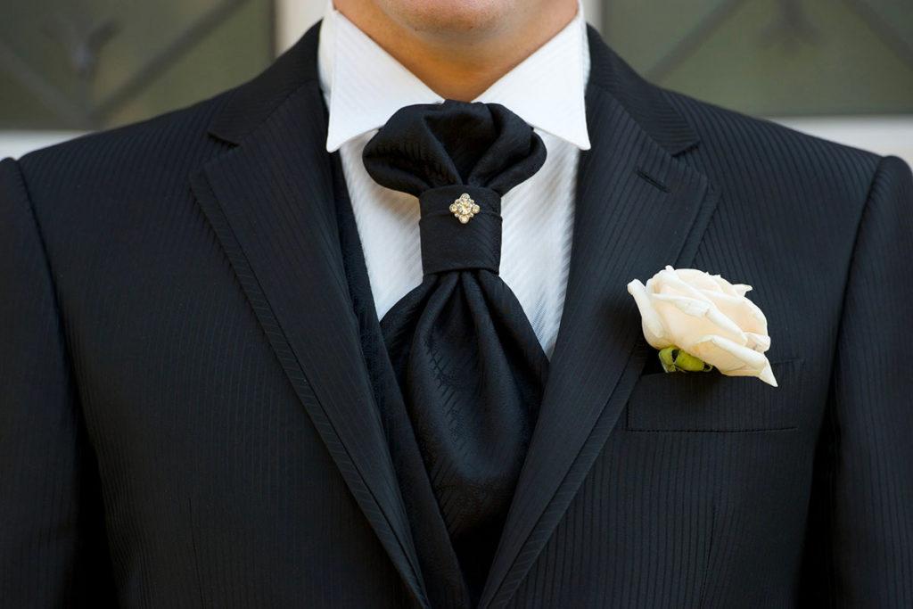 codice promozionale a083f 1b82b L'abito da sposo: guida alla scelta dell'abito da sposo perfetto