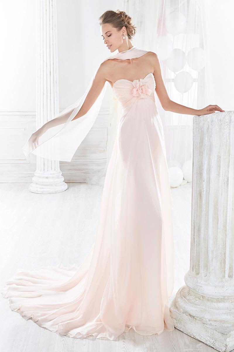 d73e53871f11 ... con spacco leggero collezione 2018. abito da sposa stile impero ...
