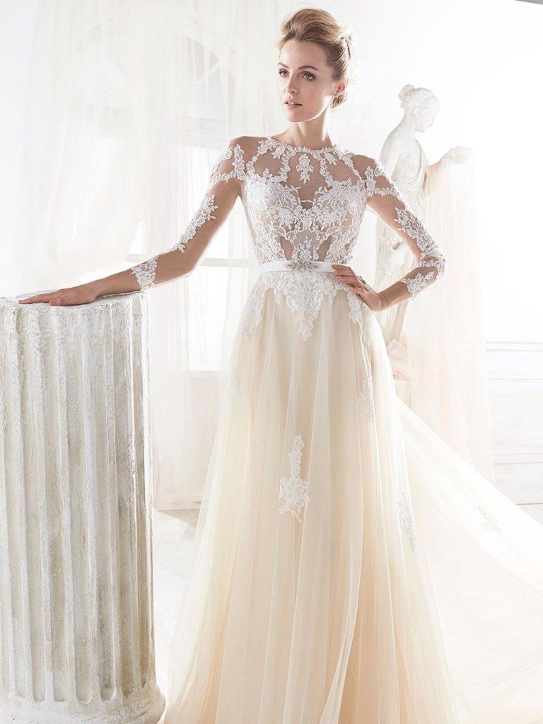1aa520b26dd7 Abiti da sposa 2018  tendenze da seguire per essere alla moda