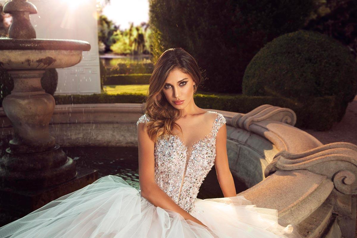 Abiti da sposa 2018  tendenze da seguire per essere alla moda bcabcc54de4