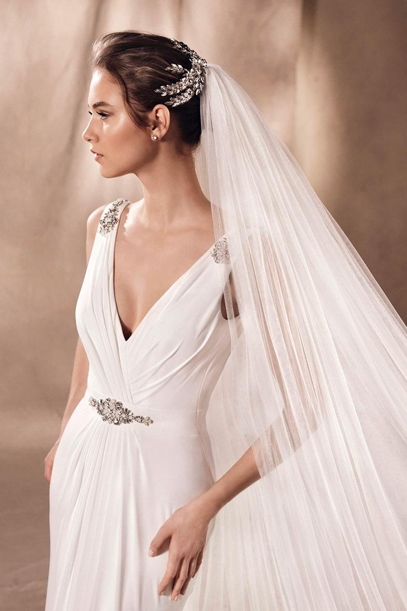 Accessori capelli sposa: il dettaglio luminoso del look sposa