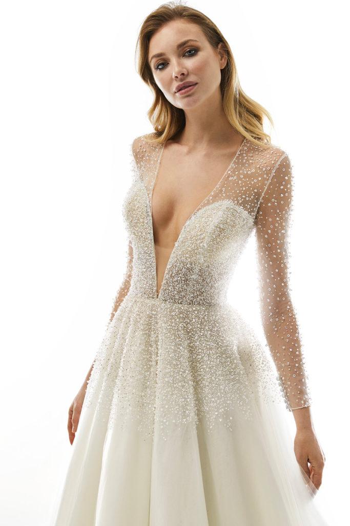 abito da sposa a trapezio cristalli