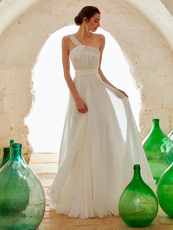 vestito da sposa stile impero con accessori